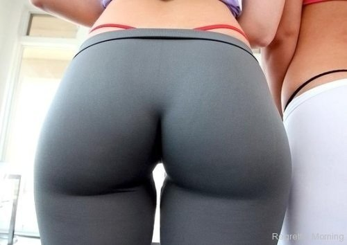 Yoga pants are the best pants, enjoy these photos