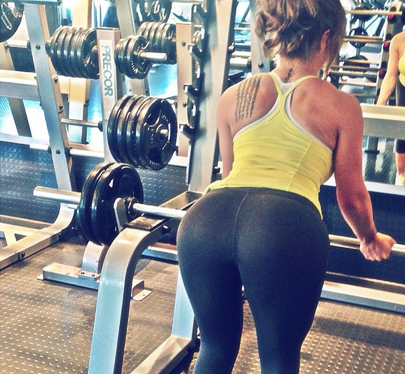 yoga pants in the gym - Pi Pants