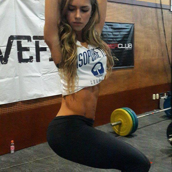 fit-girls-that-have-put-in-extra-reps-for-some-well-deserved-attention-30-photos-5