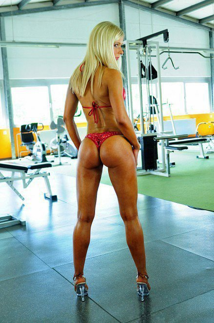 Damn right she squats heavy 2 (8)